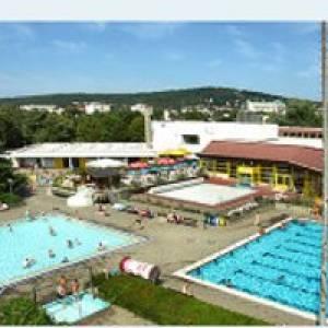 Freibad Usa-Wellenbad Bad Nauheim (c) Usa-Wellenbad