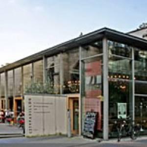 (c) Café Stanton in Köln