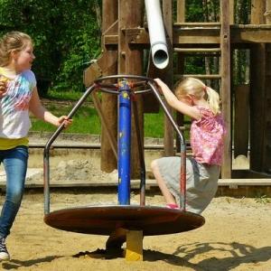 Der Spielplatz im Park der Sinne in Laatzen