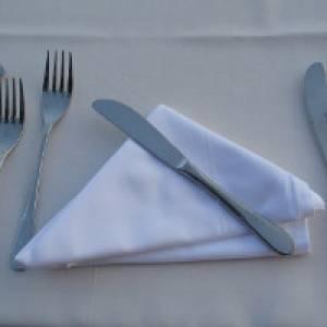 Besteck auf dem Tisch
