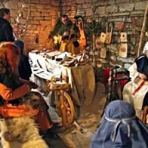 Zauberhafte Hofweihnacht im Histotainment Park Adventon