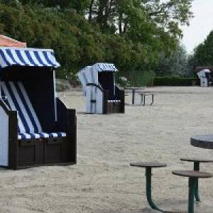 Terrassenschwimmbad in Nebra/Unstrut (c) Stadt Nebra