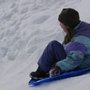 Rodeln und andere Wintersportaktivitäten in Niesky