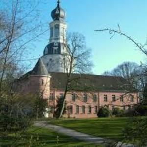 (c) Schloss Jever