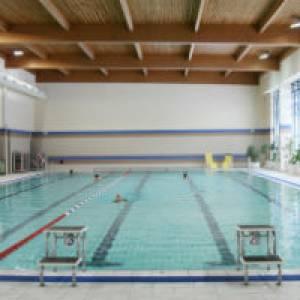 (c) Schwimmhalle Kaulsdorf