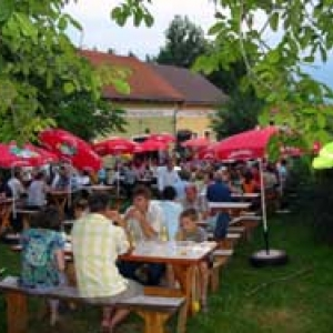 Buschenschank Staribacher