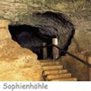 Sophienhöhle; Burg Rabenstein