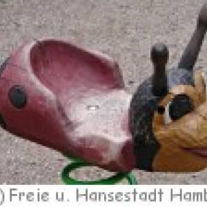 """Spielplatz im Eimsbütteler Park """"Am Weiher"""" in  Hamburg"""