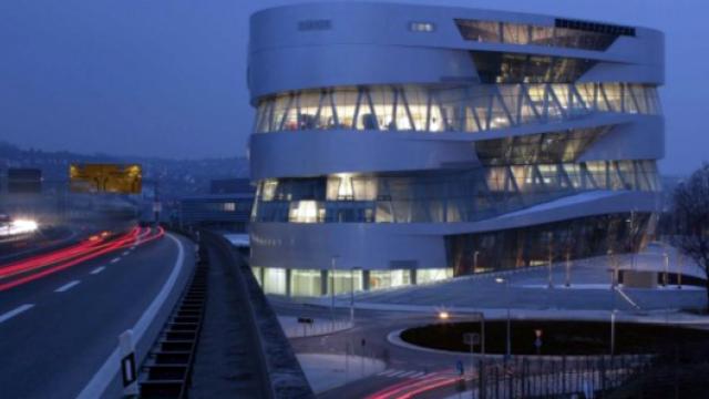 Stuttgart Mercedes-Benz Museum