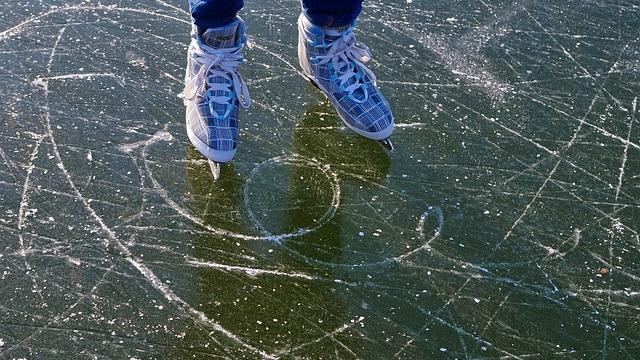 Eislaufen in der Sparkassen Arena Jonsdorf