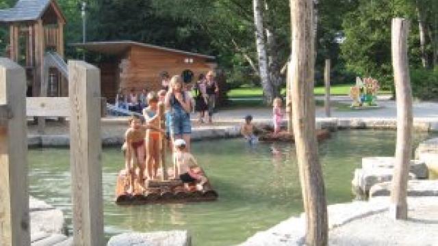 Spielplatz Wasserwelt auf der Insel Mainau (c) Diana